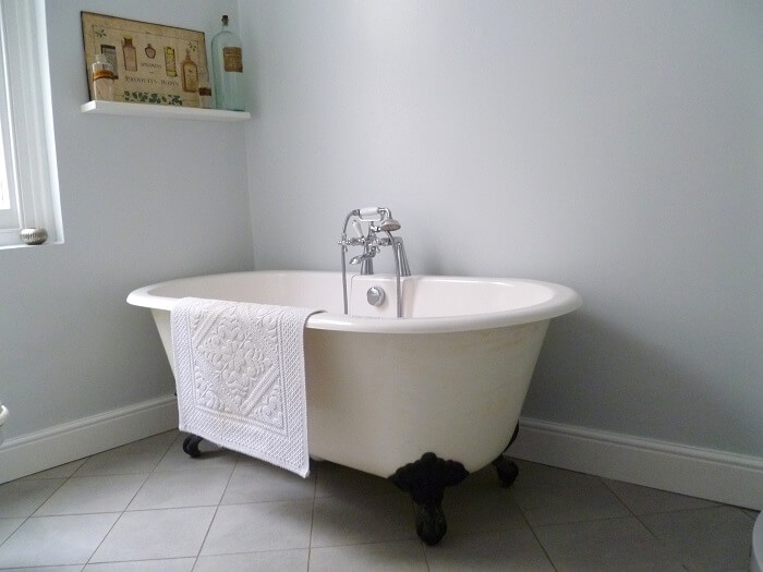 Methods for Porcelain Tubs